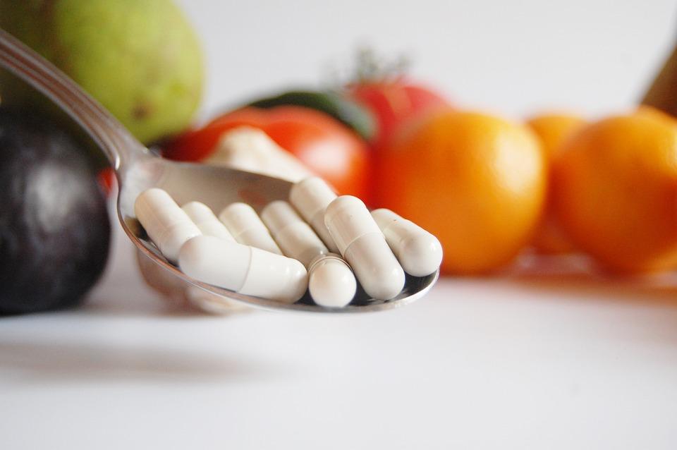Jakie suplementy diety warto stosować w okresie jesienno – zimowym?